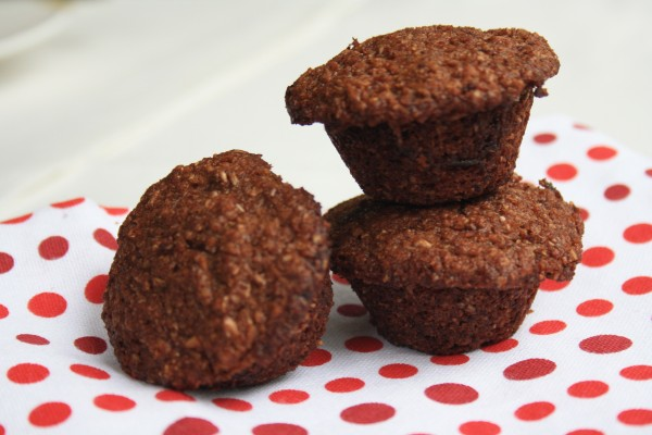 Low calorie bran muffins taste delicious and are high in fibre. No refined sugar.