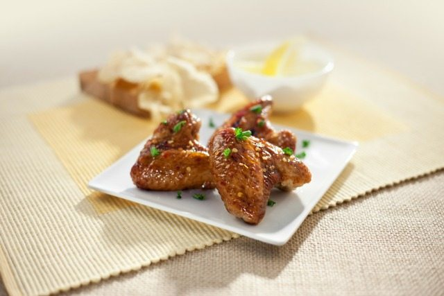 Easy holiday appetizer: Molasses rum chicken wings