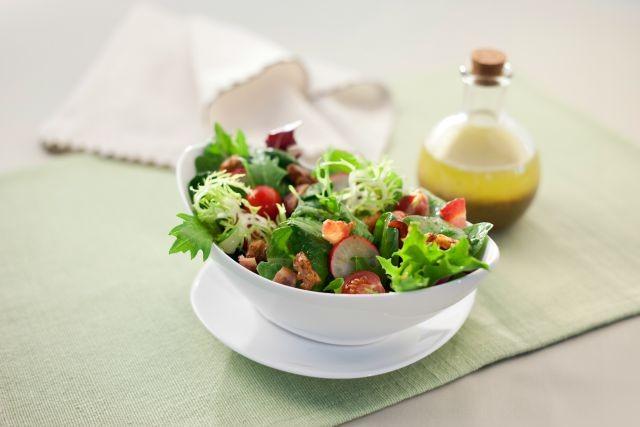 black papper walnut salad with molasses vinaigrette