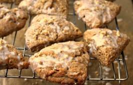 Molasses-scones