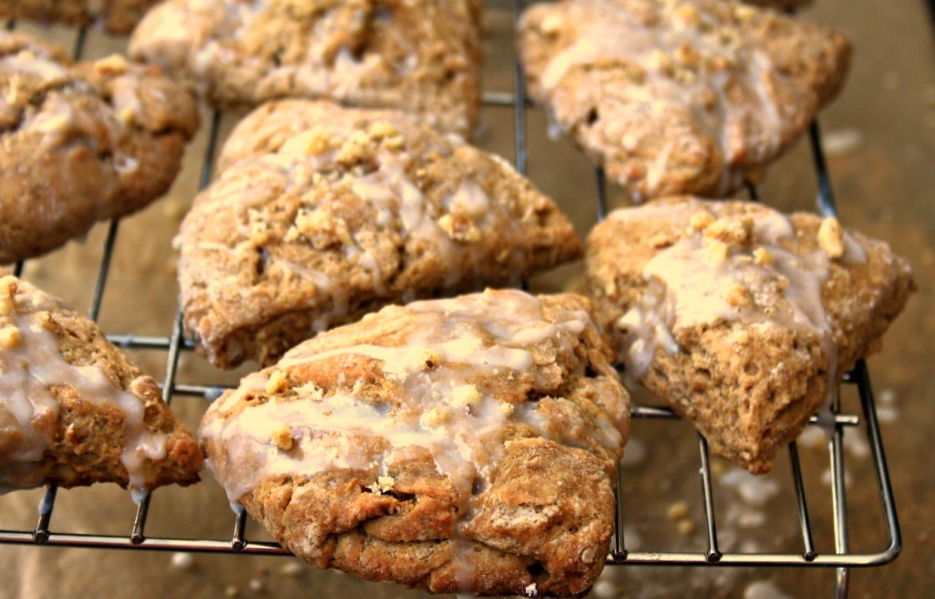 Molasses scones on a cooling rack.