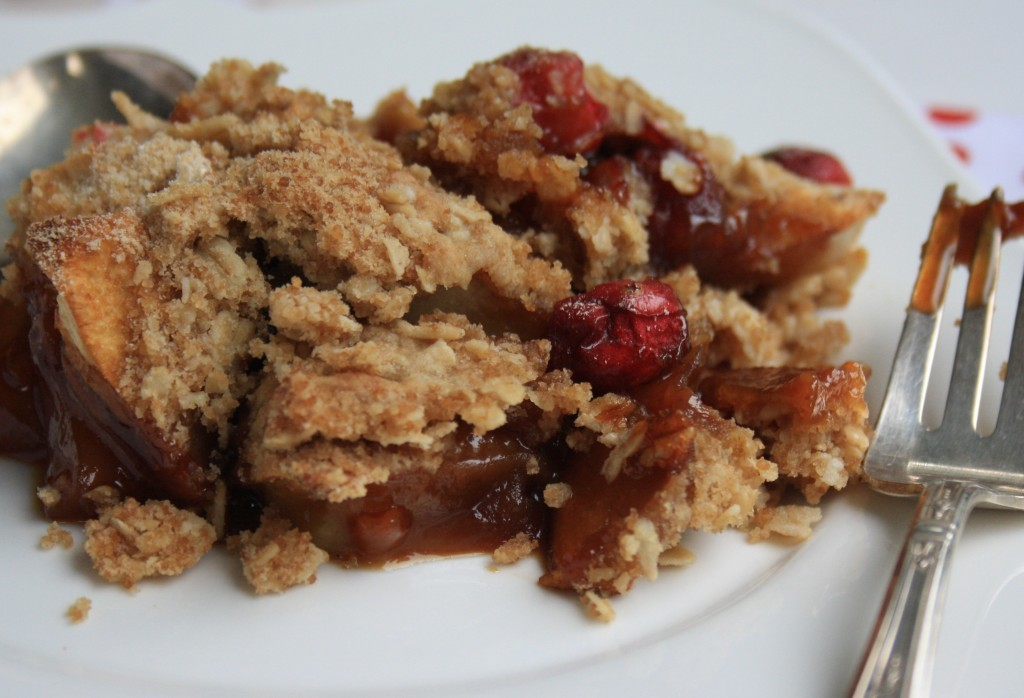 Apple crisp recipe with cranberries gets an extra boost of flavour from a touch of molasses.