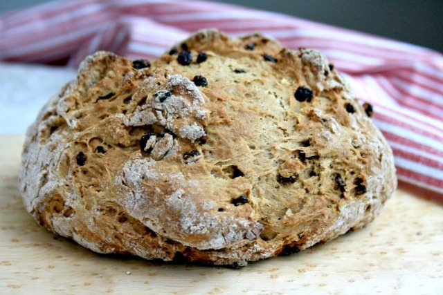 A classic Irish Soda Bread recipe sweetened with a little molasses. Extra easy. Ready in under an hour.