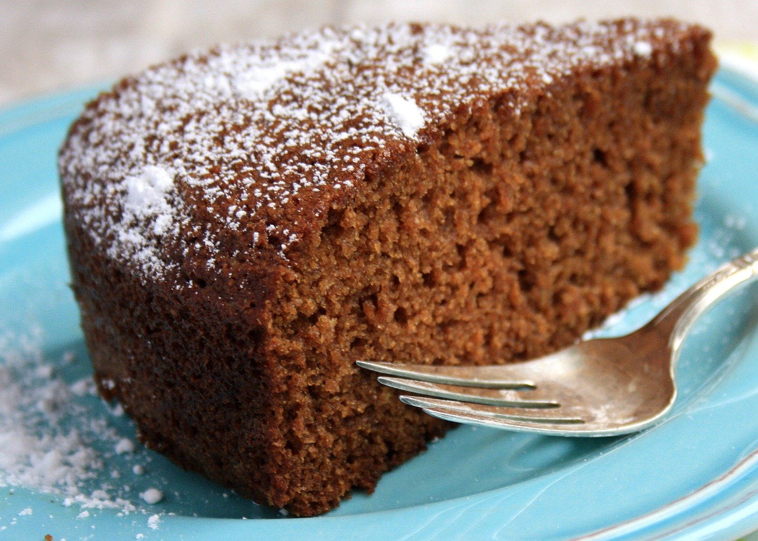 Serve this apple spice cake as a snack cake, tuck it in your kids ...