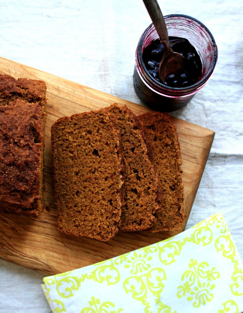 Pumpkin spice bread with ginger and molasses