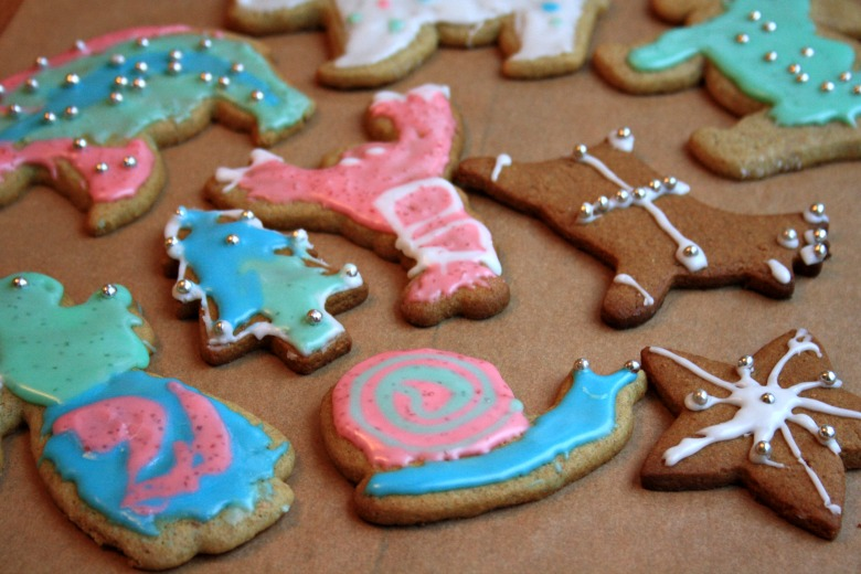 Decorating Christmas cut-out cookies with kids