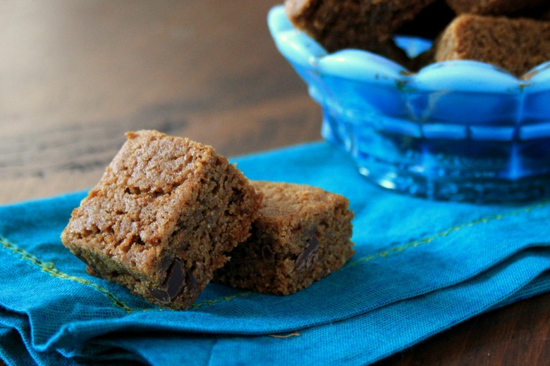 Brown butter molasses blondies