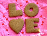 Spicy gingersnaps for your Valentine