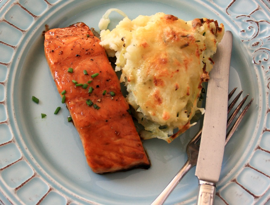 molasses and soy glazed salmon is easy to prepare