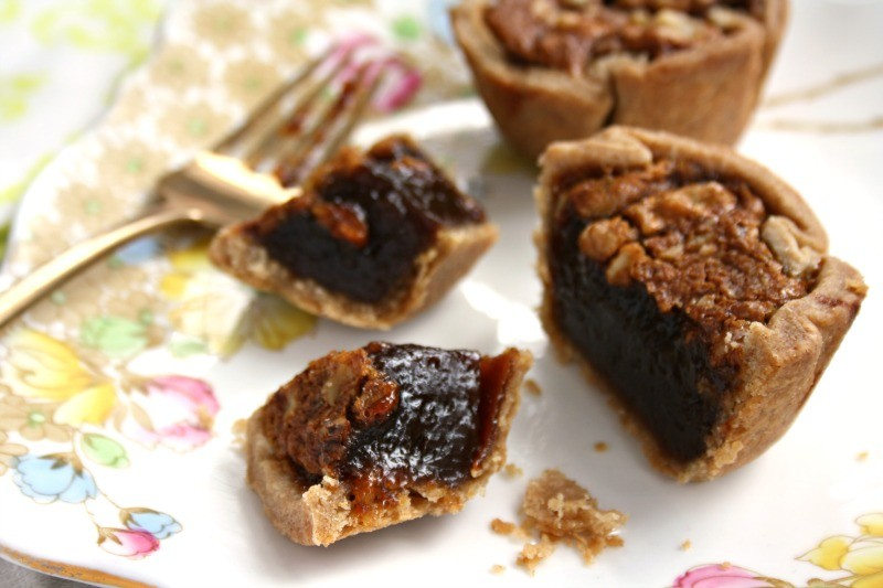 Silky molasses butter tarts