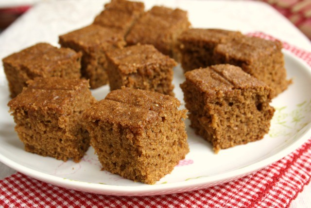whole wheat applesauce snack cake