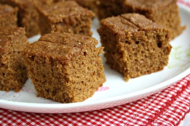 whole wheat applesauce snack cake