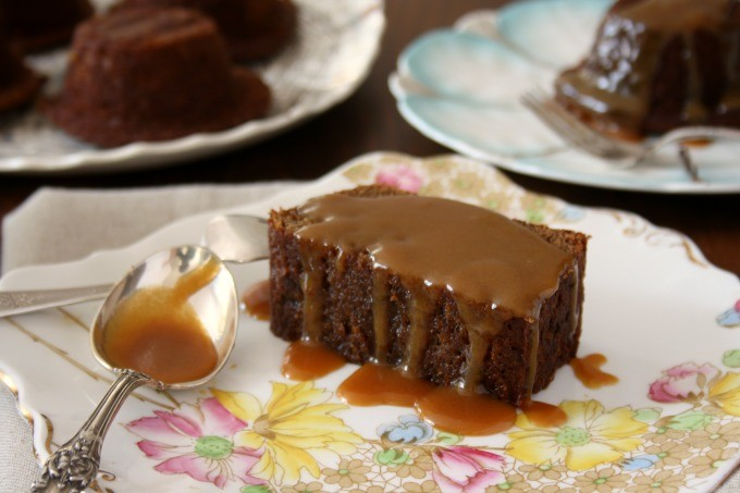sticky toffee pudding with rich toffee sauce