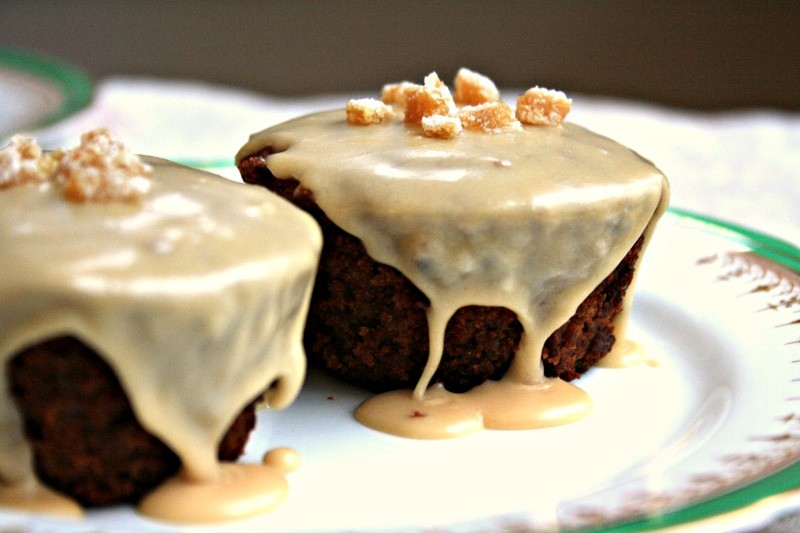 Guinness gingerbread cupcakes with Baily's glaze