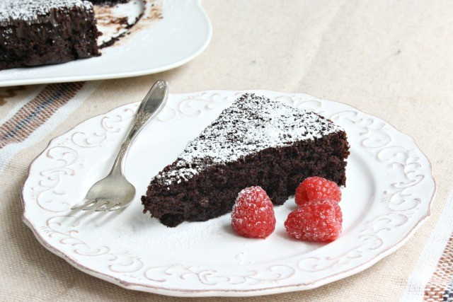 deliciously moist, low calorie, diabetic friendly chocolate cake