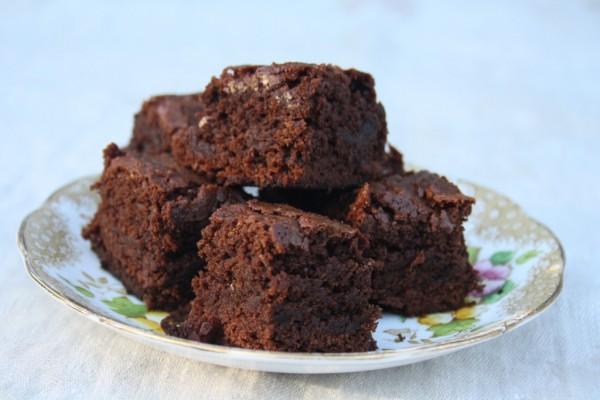 One bite molasses brownies