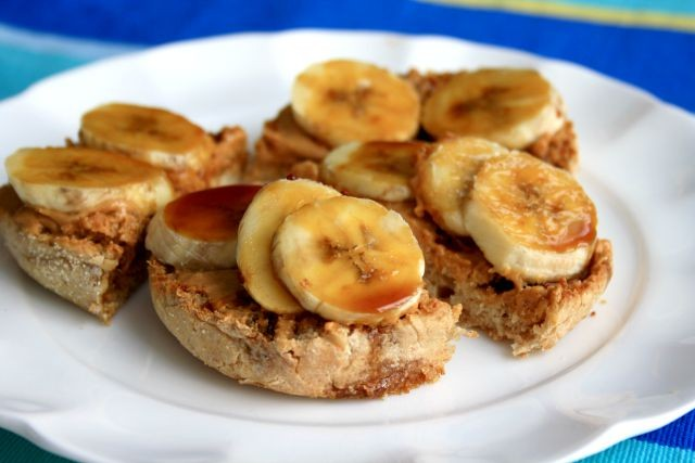 PB-banana-and-molasses-breakfast-sandwich-sm