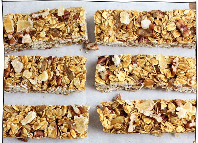 molasses-and-ginger-chew-granola-bars-01