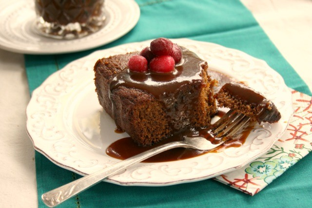 Take your gingerbread from snack cake to delectable dessert with a drizzle of Pumpkin Molasses Caramel Sauce. This rich and creamy, flavourful sauce tastes lightly of pumpkin, making it an ideal topping for gingerbread and other spiced desserts.
