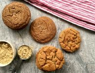 Crunchy and Chewy Ginger Molasses Cookies