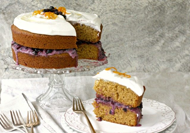 Whole Orange Molasses Cake is moist and so flavourful. Made with olive oil and two oranges.