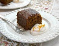 Gâteau de pain d'épices à l'orange et aux épices