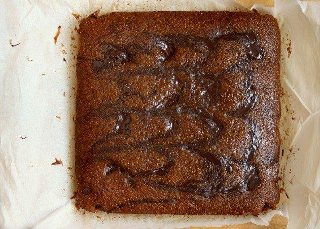 Pain d'épices aux rubans de chocolat