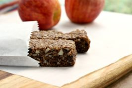 Almond butter energy bars2-sm