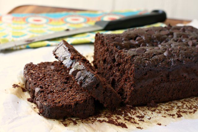 Double chocolate whole wheat zucchini bread: an extra moist, intensely chocolate zucchini bread that's refined sugar-free. Sweetened with molasses and honey