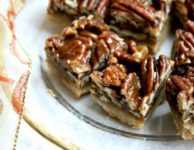 Pecan toffee bars