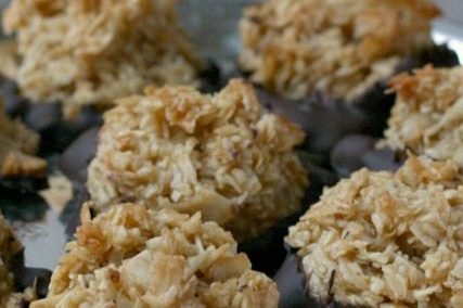 Chewy Coconut Macaroons are Easy & Low Cal