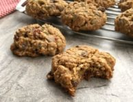 Oatmeal chocolate chip cookies are a wholesome and hearty lunchbox treat. They're filling, relatively low cal and low in sugar, and full of healthy stuff.