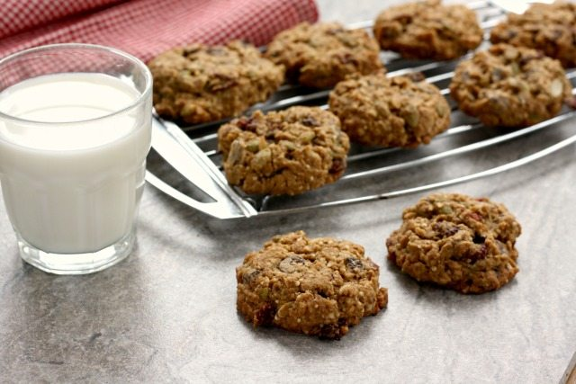 Low sugar oatmeal chocolate chip cookies are a wholesome and hearty lunchbox treat. They're filling, relatively low calorie and low in sugar, a good source of fibre and full of healthy stuff. The recipe contains no artificial sugar.