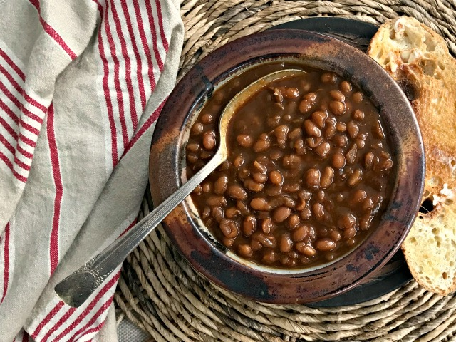 Instant Pot Baked Beans recipe: authentic baked beans flavour and texture in no time at all.
