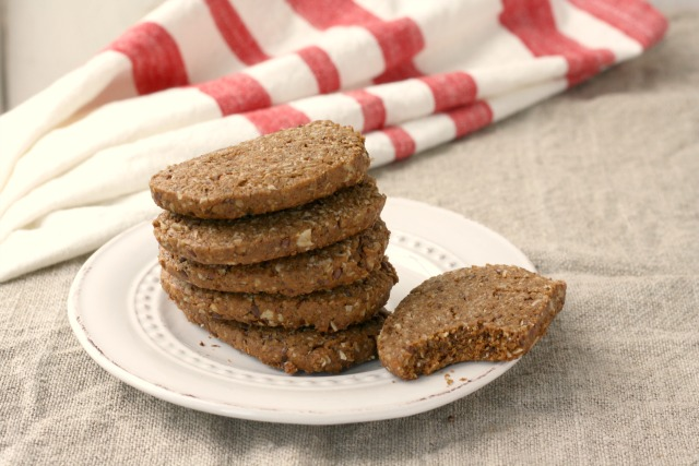 These crispy, wholesome flax gingersnap cookies are quick to mix up, and are low in sugar and fat.