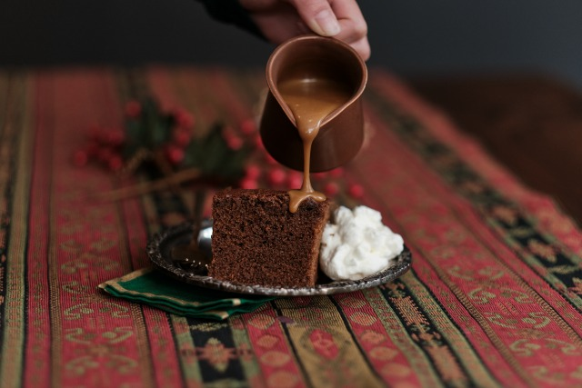 Old fashioned gingerbread recipe: a classic gingerbread cake that's simple to make and always satisfying.