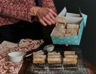 buttery gingerbread shortbread bars